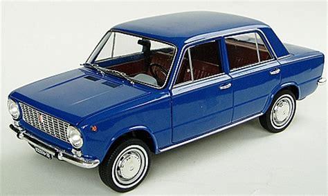 Detailansicht Artikelnr Ma8421  Fiat 124 Limousine