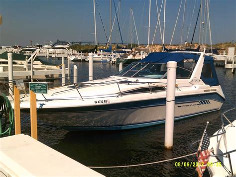 Used Sea Ray Boats In Michigan by 1993 Used Sea Ray 290 Sundancer Cruiser Boat For Sale
