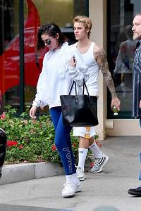selena gomez and justin bieber leave a pilates class
