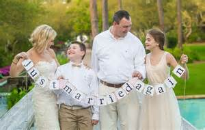 wedding vow renewal ideas wedding vow renewal ideas the etiquettes loveweddingplan