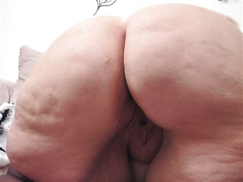 Nasty Maid Granny With Huge Ass Shows Off 20 Pics Xhamster