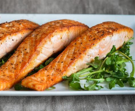 restaurant style pan seared salmon    chef