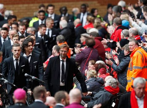 Steven Gerrard pays tribute to Hillsborough victims during ...