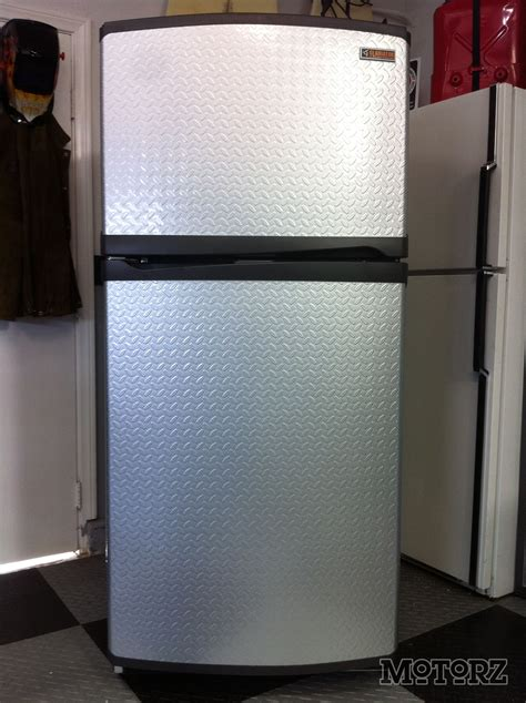gladiator by whirlpool refrigerator chillin on earth day with the gladiator chillerator