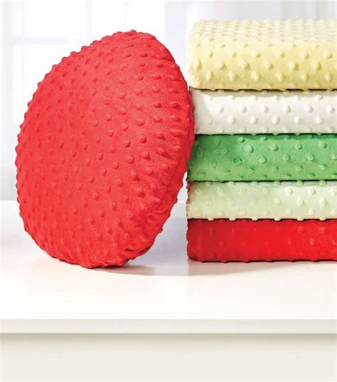 How To Make Living Room Pillows by How To Make A Pillow Joann Sewing