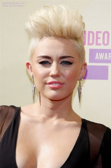 miley cyrus   short hair buzzed sides
