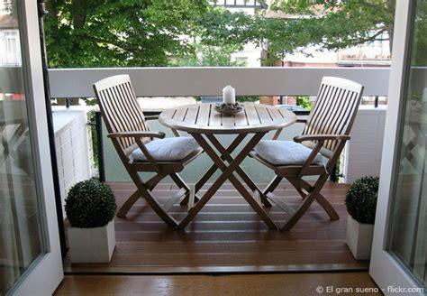 kleiner balkon gestalten einen kleinen balkon gestalten tipps und tricks zum einrichten wohnen hausxxl wohnen
