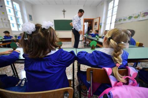test invalsi elementari test invalsi dal 3 maggio nelle scuole elementari poi