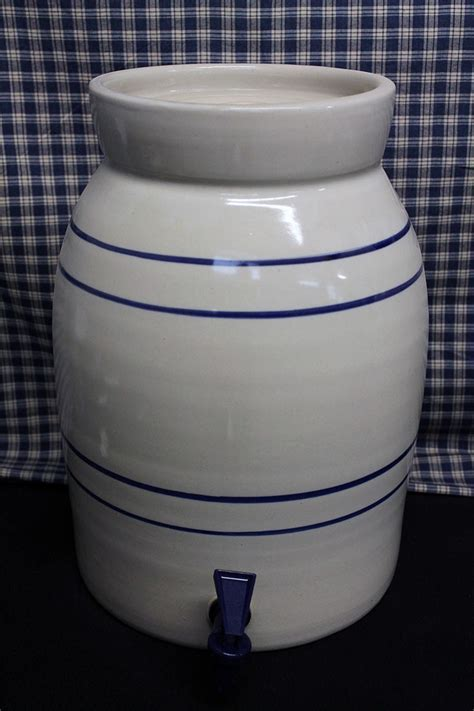 USA Stoneware   Water Coolers   Blue Stripe   1 3 Gallon