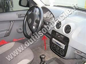 Obd2 Connector Location In Volkswagen Gol G3  1999