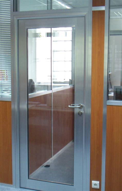 porte de bureau vitr馥 porte battante cadre alu porte vitrã â e cadre alu avec colonne pictures to pin on