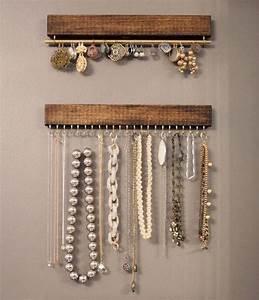Porte Bijoux Mural : diy porte bracelet porte collier mural bois mur bijoux bijou boucle d oreille ~ Teatrodelosmanantiales.com Idées de Décoration