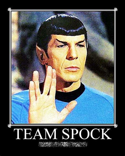 Spock Memes - livin the vida life star trek me a trekkie or a trekker