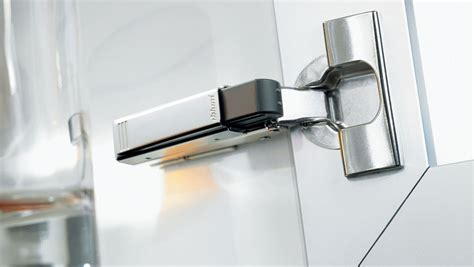 stop loud slamming cabinet doors with soft close hinges