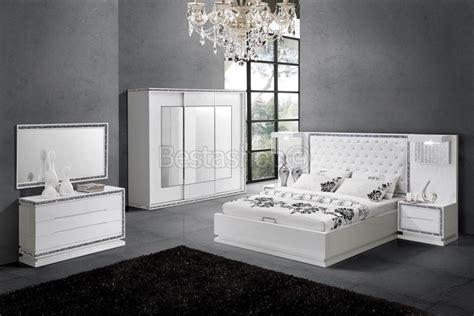 chambre laqué blanc davaus chambre a coucher blanc laque avec des