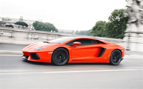2018 Lamborghini Aventador Lp 700 4 Side In Motion Photo 26