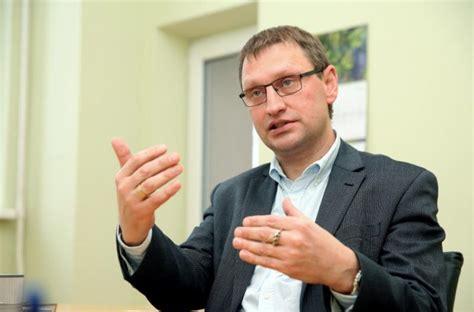 Latvijas zinātnieki iesaistīti vakcīnas pret Covid-19 radīšanā | Veselam.lv