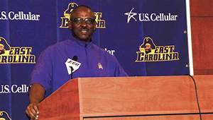 Pirates not faz... Ruffin Mcneill Quotes