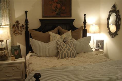 hotel style bedroom decorating idea tips royal furnish