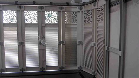 model pintu garasi sliding modern eksterior rumah