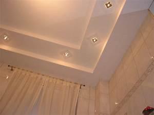 Decke Abhängen Beleuchtung : maler spiller malerarbeiten mit stil deckenbau ~ Markanthonyermac.com Haus und Dekorationen