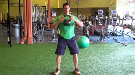 squat kettlebell clean