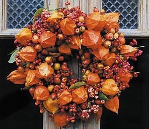 Herbstkränze Selber Machen : herbstkr nze selber machen herbst pinterest pfaffenh tchen hagebutte und farbenfroh ~ Markanthonyermac.com Haus und Dekorationen