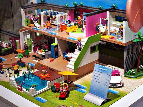 Pasing Arcaden Der Playmobil Fun Store  Pasing Kreuz & Quer