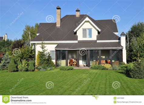 house with garden house with garden stock photo image of expensive living 22679380