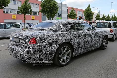 Rolls-royce Wraith Drophead Coupe Spied For The First Time