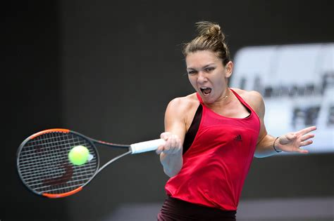 Simona Halep в Instagram: «‪Very proud to be named as ITF World Champion for the first time! ‬ ‪ Thank you @itf__tennis 😊🇷🇴‬»
