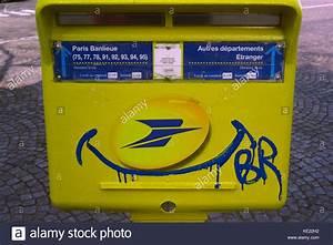 Boite Aux Lettres Vintage : french letter box french vintage boite aux lettres france stock photo royalty free image ~ Teatrodelosmanantiales.com Idées de Décoration