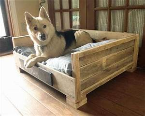 8 DIY Pallet Beds For Dogs – iHeartDogs com
