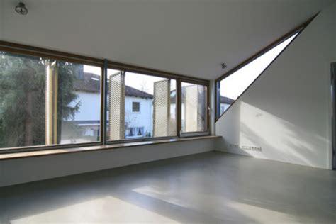 gaube innen umbau eines wohnhauses in pullach geneigtes dach