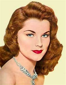 Bre_Inthe50s!: The all time history of makeup