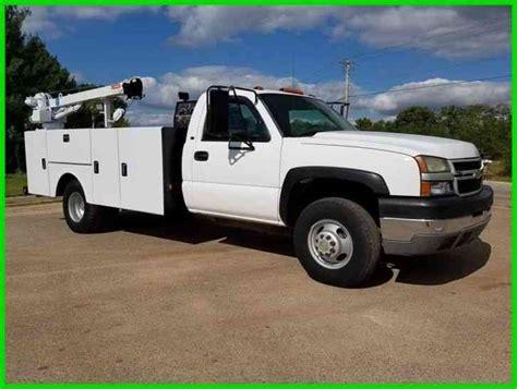 Chevrolet 3500 (2005)  Utility  Service Trucks