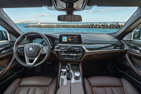 bmw   sport dr auto lease  buy