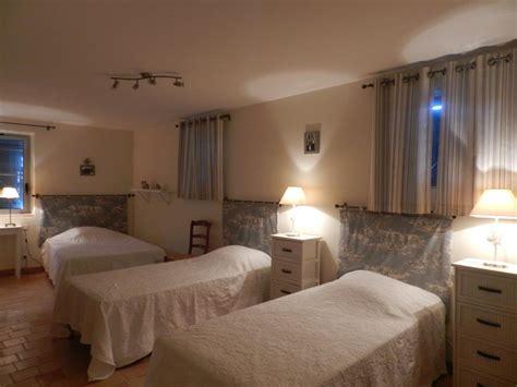 chambres d h es les herbiers 85 chambre avec salle de bain ouverte et dressing