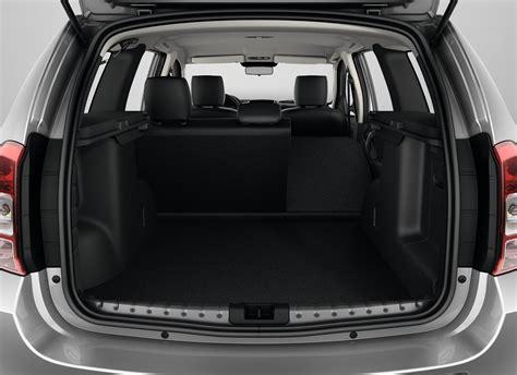 renault logan trunk comparison dacia grand duster se 2018 vs ford