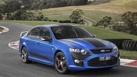 ford unveils   falcon gt  factory  stay