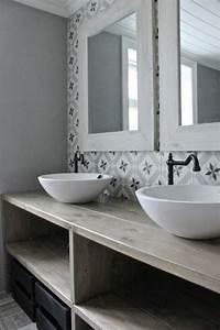 Meuble Salle De Bain A Poser : id e d coration salle de bain vasque salle de bain poser vasques rondes sur meuble en bois ~ Teatrodelosmanantiales.com Idées de Décoration