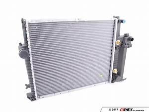 Valeo - 17111737760 - Radiator - Manual