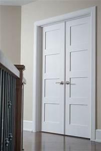 Porte 133d panneau 3 moulure shaker option art deco for Porte de garage coulissante et porte intérieure 3 panneaux