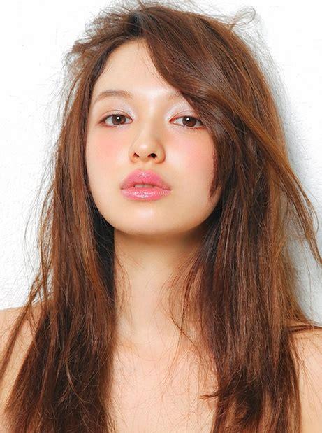 trending netizens analyze  key difference  korean japanese makeup styles