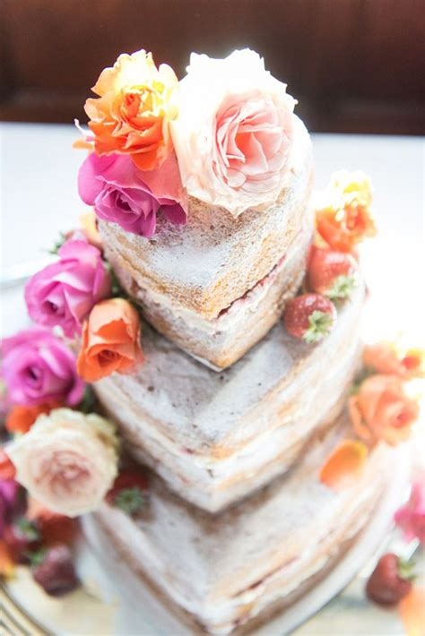 naked wedding cakes rustic beautiful creative  unique