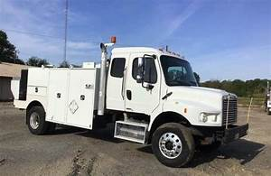 2010 Freightliner M2 106 Mechanic    Service Truck With Mt