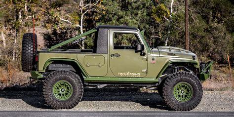 green iguana wrangler truck