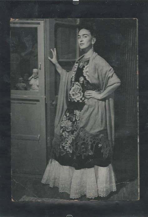 5 Reasons Why Frida Kahlo Is A Bad Ass Aesthetically