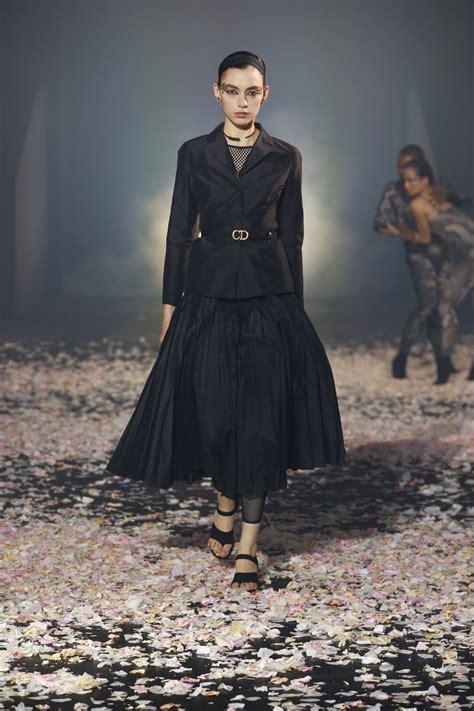 Christian Dior Ss 2019 Fashion Show The Dance