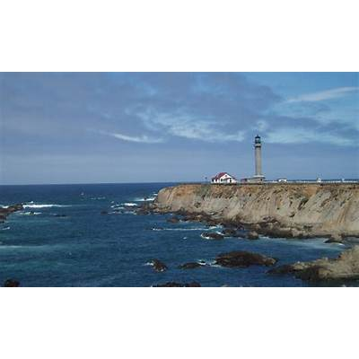 File:Point Arena Lighthouse CA 1.jpg - Wikimedia Commons